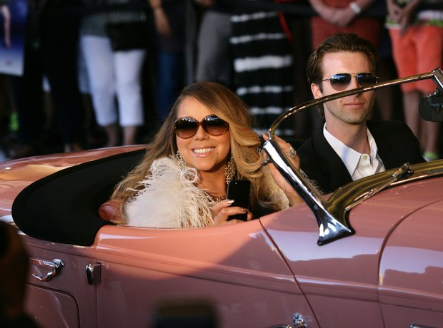 Mariah Carey in a car
