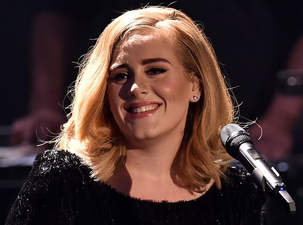 Adele performs in Germany 2015
