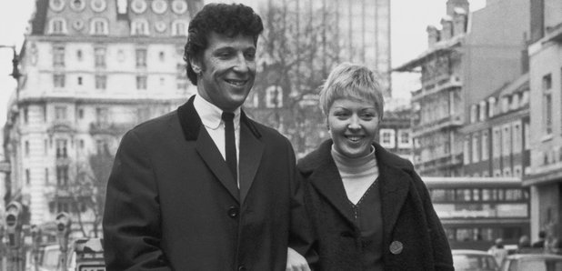 Tom Jones Wife Linda